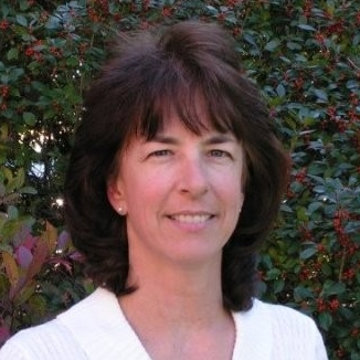 Headshot photo Laurie Wolinski Cooperative Extension