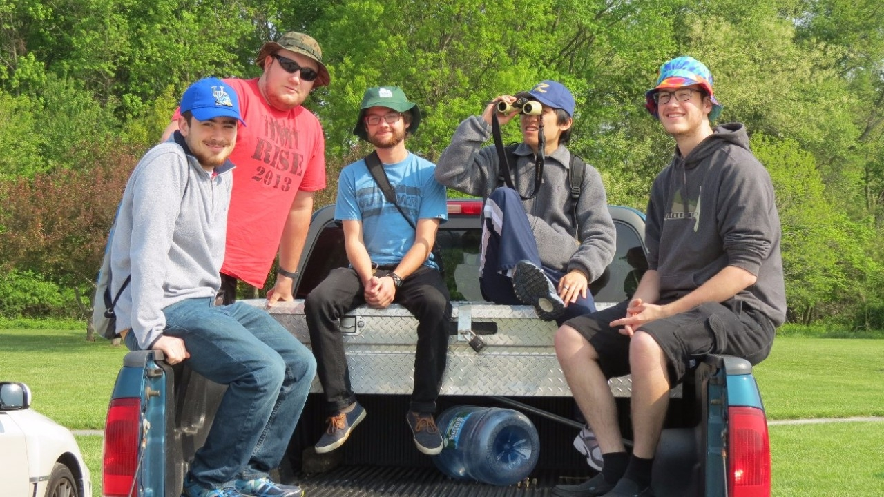 Students in the University of Delaware Blue Hen Birding Club