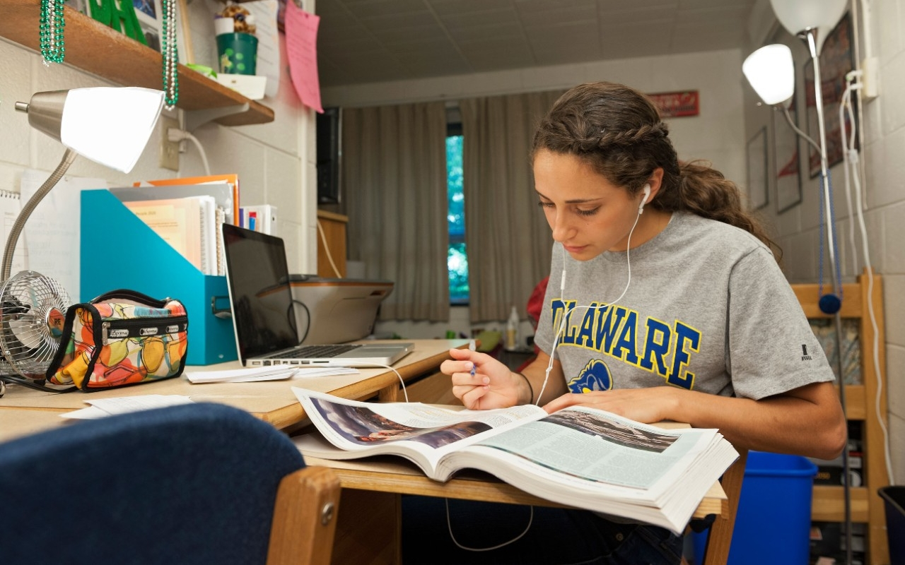 Exceptional 2012 Harrington Dorm Rooms Part 21