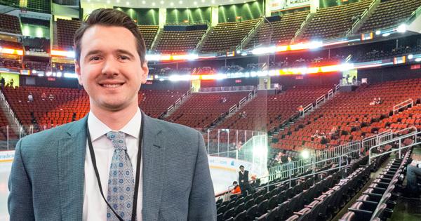UD alumnus is emergency backup goalie in NHL