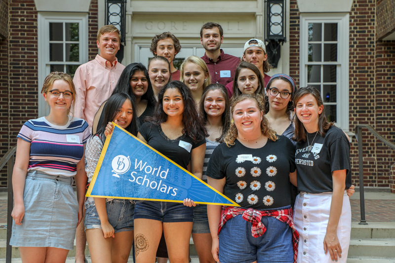 The Auckland World Scholars include Kathryn Economou, Amy Everhart, Florin Fuad, Phoebe Henderson, Kyle Kruger, Katelyn Long, Luke Mulcahy, Kristen Reece, Nina Schaefer, Anna Schumeyer, Jessica Shih, Madeline Sizemore, Allison Smith, Shawn Temple, Mira Warrier and Anthony Yannuzzi.