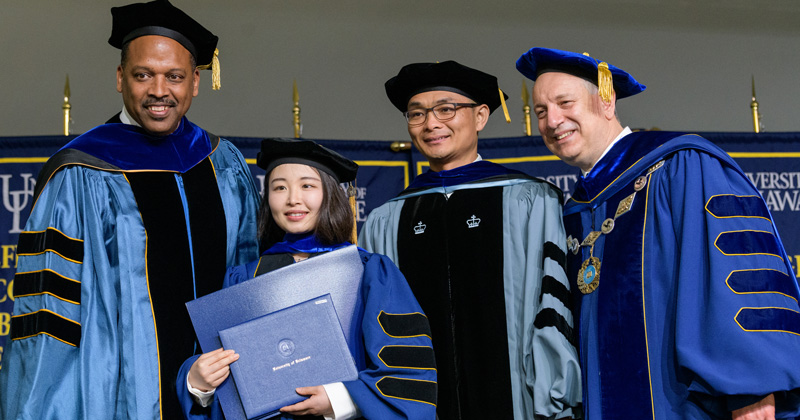 CEOE's Xiao-Hai Yan recognized with Outstanding Doctoral Mentoring and Advising award