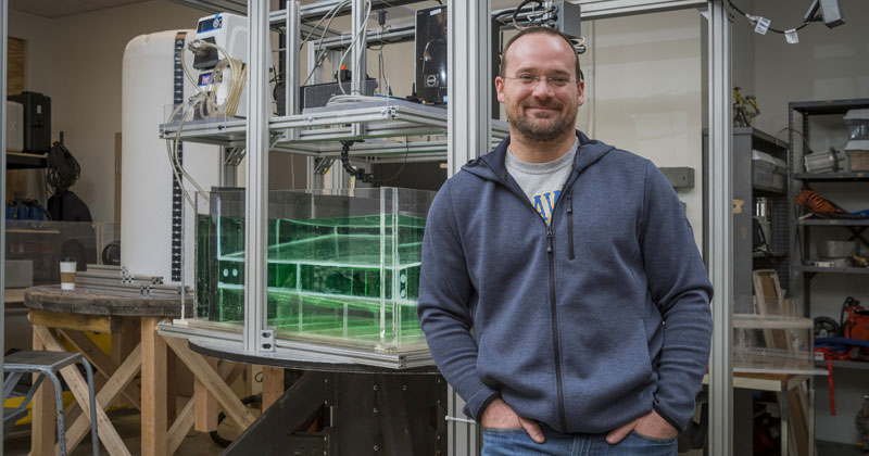 UD study looks at life inside and outside of seafloor hydrocarbon seeps
