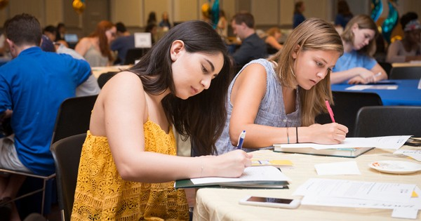 Students write thank you notes to donors