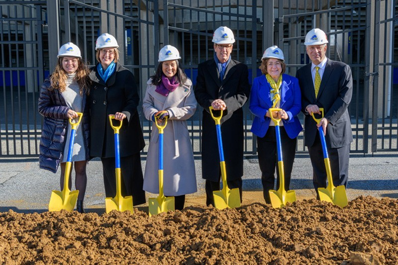 Among those at the Whitney Athletic Center groundbreaking were (left to right), field hockey player Emily Kresho, UD Director of Intercollegiate Athletics and Recreation Chrissi Rawak, Liz Whitney, UD graduate and Board of Trustees member Ken Whitney, Eleni Assanis and UD President Dennis Assanis.