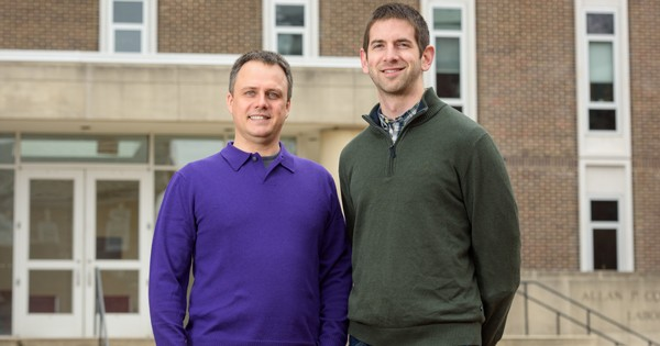 Chemical engineering professor Maciek R. Antoniewicz (left) and graduate student Christopher P. Long published a new paper in the journal Nature Communications.