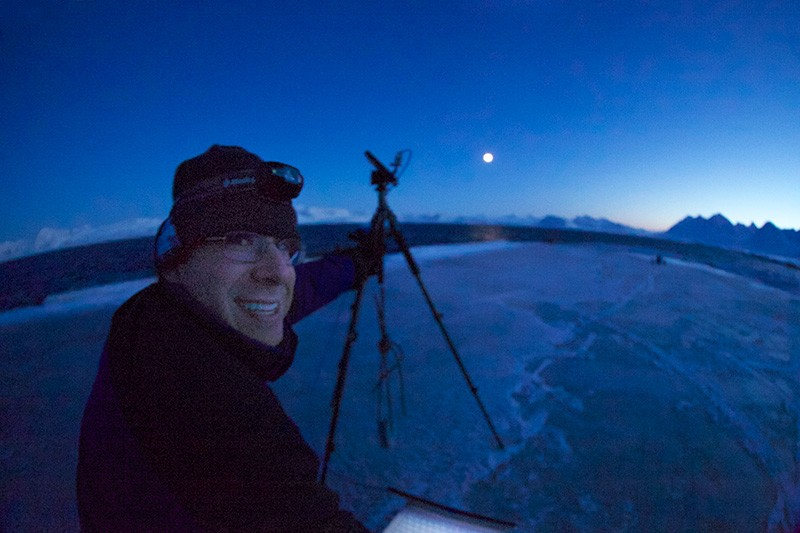 UD marine scientist Jonathan Cohen studies winter darkness in the Arctic