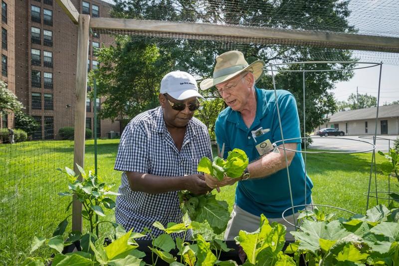 UD helps community gardeners