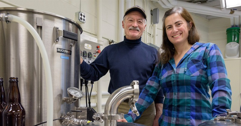 Professors Dallas Hoover, left, and Nicole Donofrio from UD's College of Agriculture and Natural Resources (CANR) are teaming up to help students gain an appreciation for the beer brewing process and rapidly growing industry.