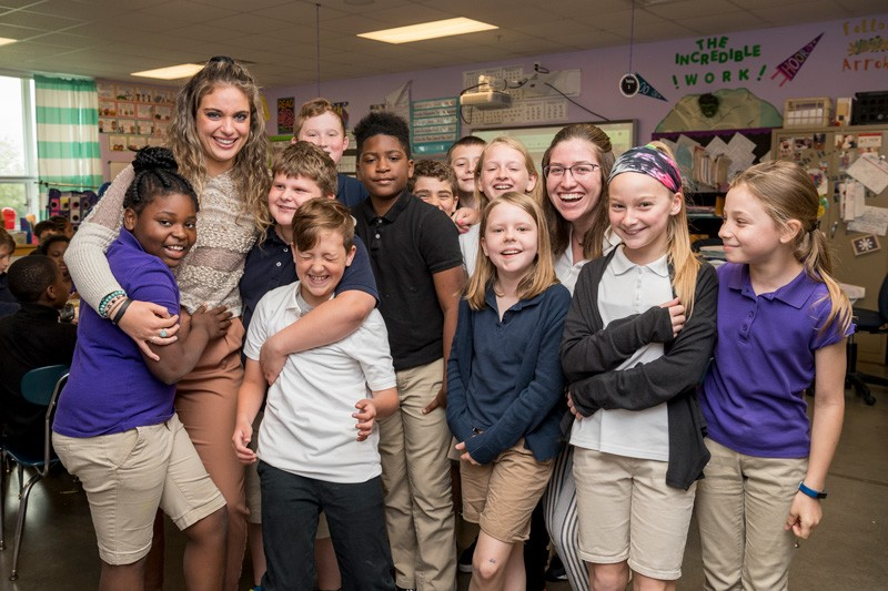 """I know my students will be sad to see them go,"" said Amber Smith, the fourth-grade teacher at Providence Creek Academy who hosted Briana Nolin and Ashley Sullivan."