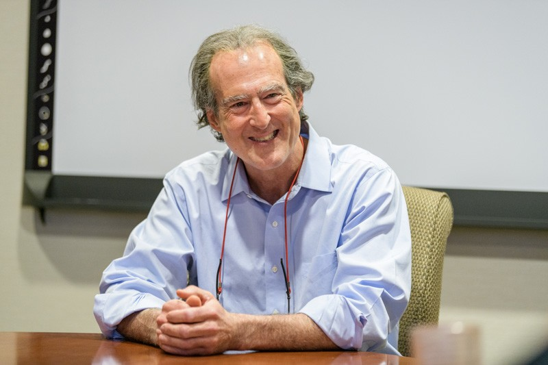 During his visit to UD, Nobel laureate Craig Mello met with students, sharing his joy of discovery and inviting some of them to his lab in Massachusetts to observe the work there.