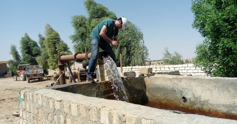 The Nile River provides most of the water used by Egyptians, but national authorities are looking for ways increase the use of groundwater.