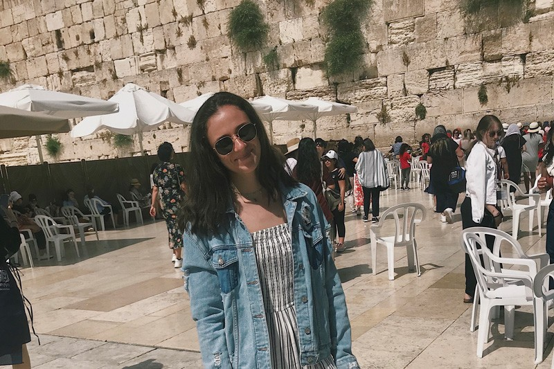 UD student Rachel Peyser, who worked as an intern in Israel, visited the Western Wall in Jerusalem.