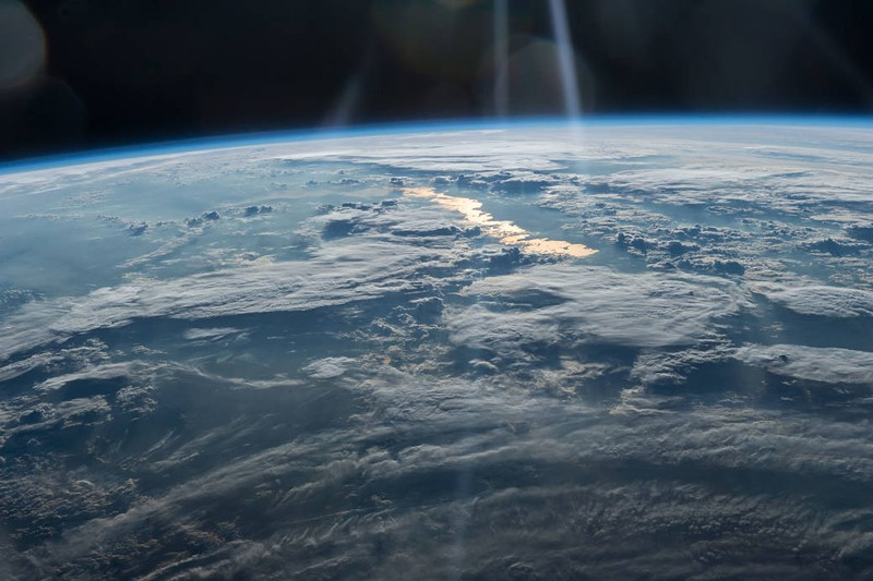 nasa-earth-sunlight-27250243350_5563fbc72b_o-800x533