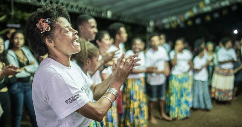 Community leader Laura Santos takes part in a traditional jongo dance at Quilombo Campinho da Independência in Rio de Janeiro, where UD's Carla Guerrón Montero has been conducting fieldwork on the Brazilian communities known as quilombos.