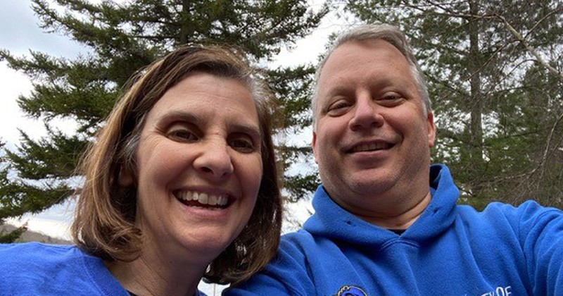John and Marybeth Auletto, both 1987 graduates of the College of Arts and Sciences, established an endowed scholarship in their family's name to help first-generation students access their dreams at UD.