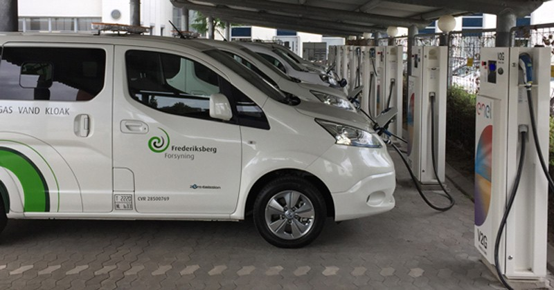 The UD and Nuvve Corporation collaboration allowed Nuvve to use UD technology in electric vehicles that can charge or discharge their batteries when connected to the electric grid. The vehicles shown above in 2018 are in use in Denmark.